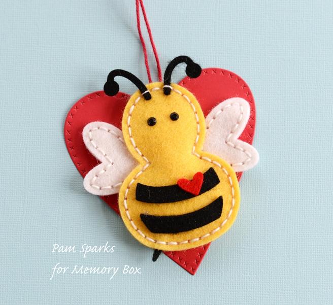 pam-sparks-mb-2017-felt-bee-2